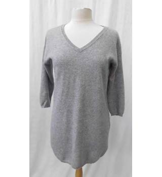 Paul Costelloe size: 12 grey cashmere sweater