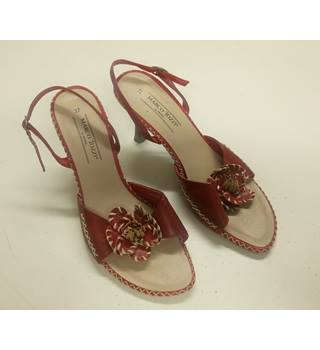 LADIES MARCO TOZZI HEELED SHOE IN RED LEATHER SIZE 4 UK MARCO TOZZI - Size: 4 - Brown - Heeled shoes