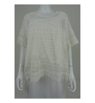 NWOT M&S Collection, size 22 cream crochet style top