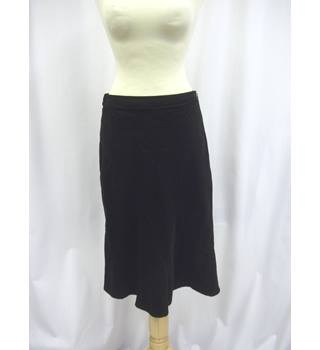 Country Casuals - Size: 8 - Black - Knee length skirt