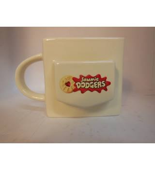 Jammie Dodgers Mug Beams International Ltd. 2016