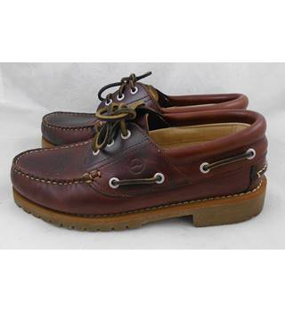 Orca Bay brown leather boat shoes Size 7