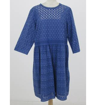 NWOT: M&S Size 18: Blue Broderie Anglaise dress