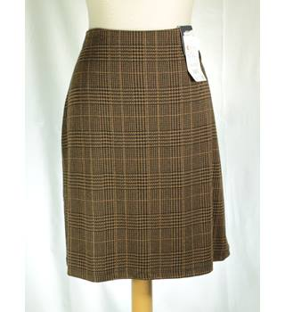 NWOT M&S Marks & Spencer - Size: 14 - Brown - Mini skirt