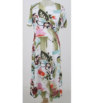 NWOT M&S Size:12 white & floral summer dress
