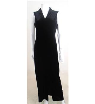 Collection First Avenue Size M Black Velvet Maxi Dress