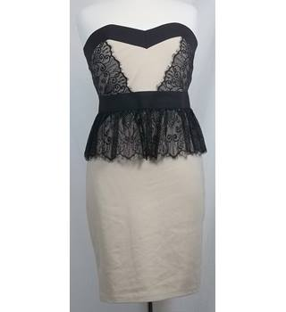 BNWT Little-Mistress-Size 14-Black and Cream-Strapless dress.