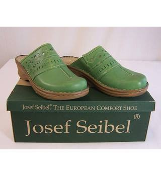 Josef Seibel - Size: 7 - Mid-green Leather Clogs