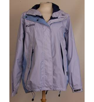 Columbia Size M Ladies waterproof hooded shell jacket in blue/lilac.