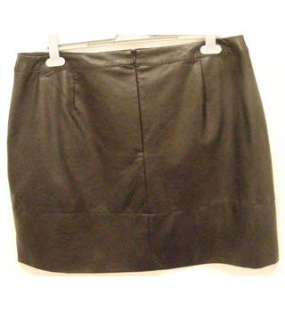 Skirt M&S Marks & Spencer - Size: 18 - Black - A-line skirt