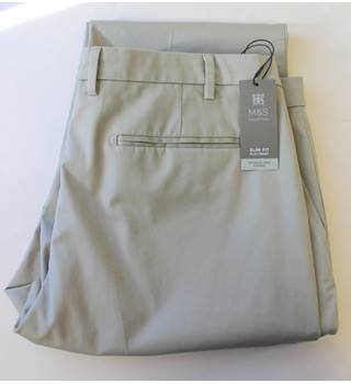"BNWT - M&S Marks & Spencer - Size: 42"" - Light grey/beige - Chinos"