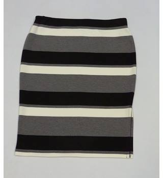 M&S Marks and Spencer Size 12 black & white striped Pencil Skirt