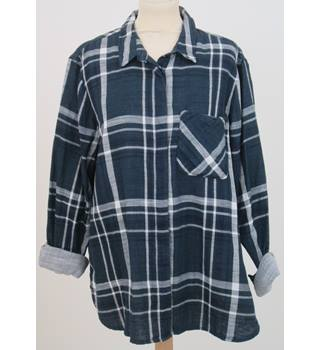 NWOT M&S Collection, size 16 navy mix checked slouch shirt
