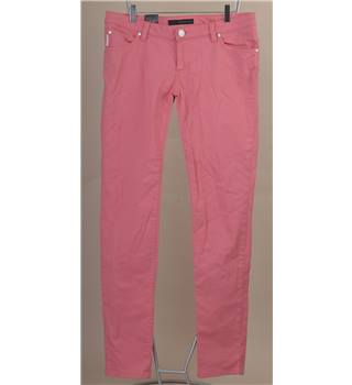 "BNWT Calvin Klein size: 32"" L 34"" pink low rise skinny jeans"