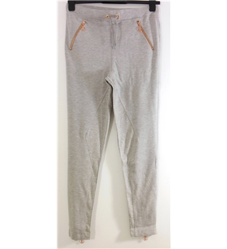 BNWT RXTR Size M Grey Marl Casual Jersey Crop Pants with Bronze tone hardware