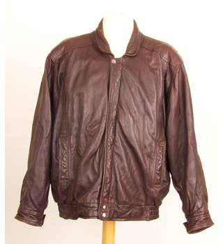 Size: M - Brown Leather Jacker
