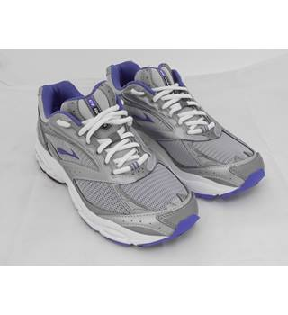 Brooks running shoes Radius 4 medium Brookes - Size: 7 - Metallics