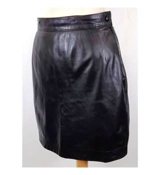 Gianfranco  Ferre Size 10 Black Mini Skirt