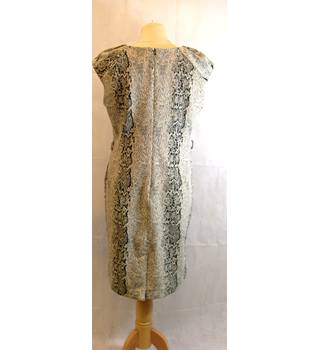 TU Clothing size 12 Black and Cream Patterned Dress