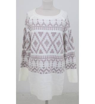 BNWT: Peacocks Size S: Ivory & gold fine knit tunic dress