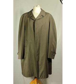 "Burberry - Size: 42"" - Green - Trenchcoat"