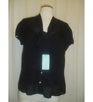 BNWT  Violin  Size L  Black sheer chiffon short puff sleeved blouse with pussy bow and diamante buttons