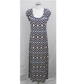 Wallis, size M black & white mix print dress