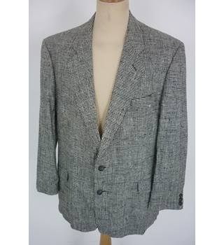 "Jaeger  Size: L, 44"" chest, tailored fit Monochrome Hounds Tooth Smart/Stylish Silk Single Breasted Designer Blazer"