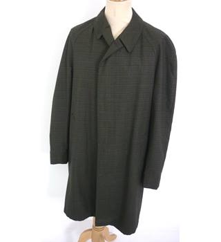 "Aquatite Size: M, 40"" chest, 3/4 length Green & Brown Small Check  Classic/Stylish Polyester & Cotton Raincoat"