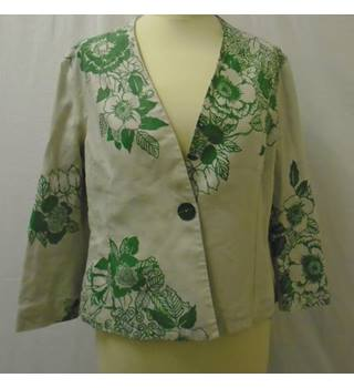Unbranded size: 10 green/cream jacket