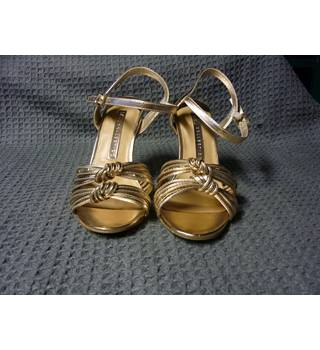 M&S Marks & Spencer - Size: 6 - Gold - Heeled shoes