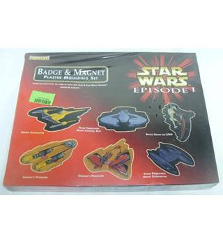 Star Wars : Episode 1 (Badge and Magnet Plaster Moulding Set) ** SEALED **