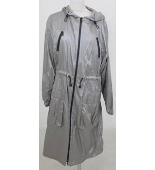 NWOT M&S - Size: M - Silver Storm-wear  thin Jacket