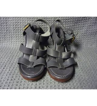 Boden - Size: 9 - Grey - Heeled shoes