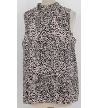 Oasis Size 14 Pink with Black Animal Print Sleeveless top