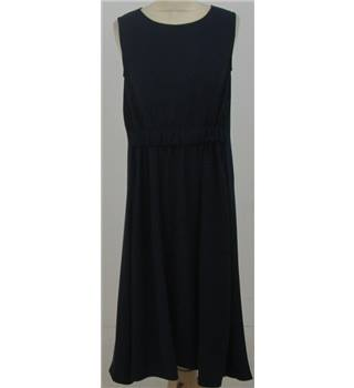 Uterque Size:S navy-blue sleeveless dress