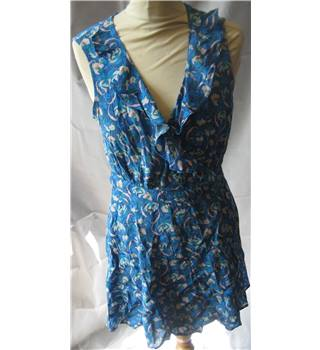 BNWT Miss Selfridge Petites size 12 blue with green and pink floral print wrap dress