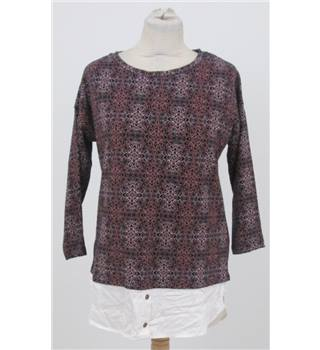 NWOT M&S size: 10 black/burgundy top with shirt effect