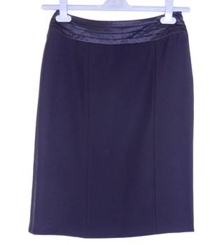 Per Una - Size: 8 Regular Length - Black - Mini skirt
