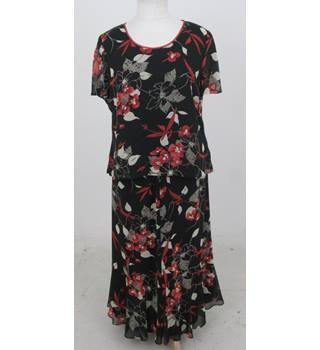 Jacques Vert - Size: 18 - Black floral skirt and top