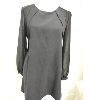 Elegant Next Petites LBD with floaty tulle sleeves Next - Size: 14 - Black - Knee length dress