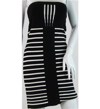 BNWT River Island Size: 12 Black/White Stripe Knee length dress