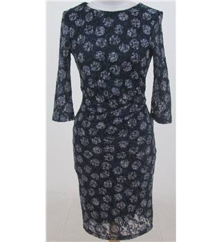 BNWT: Phase Eight: Size 8: Navy blue & white lace dress