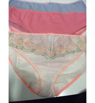 3 Pairs Marks & Spencer Knickers Size 20