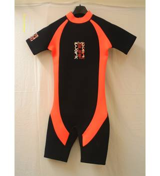 Surf Worx children's wetsuit (age 10-12) Surf Worx - Size: 10-12(age) - Black