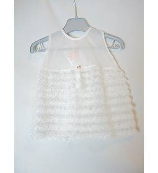 Baby's White Frilled Dress Unbranded - Size: 0 - 12 months - White