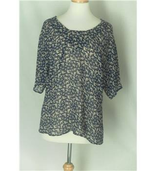 M&S - size: 14, blue patterned blouse