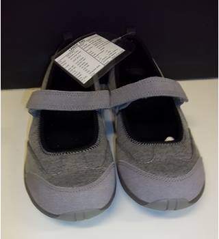 Lands End - Size: 3 - Grey - Flat shoes