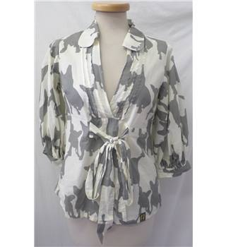 Nümph - Size 12 - Cream and grey pattern with waist tie blouse