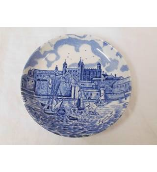 Lovely small pin dish from Johnson Bros